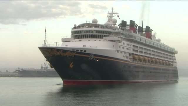 new disney cruise ship, the wonder, pulls into porton september 21, 2012 in san diego, california - cruise vacation stock videos & royalty-free footage