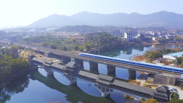 new emu train runs on line near guilin north station on january 18, 2020 in guilin, guangxi zhuang autonomous region of china. - guangxi zhuang autonomous region china stock videos & royalty-free footage