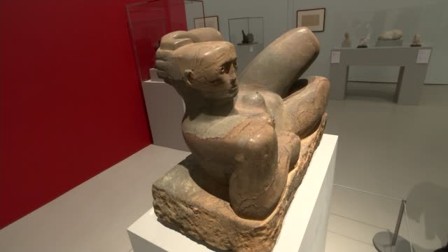 new exhibition 'becoming henry moore' showcases the artist's early work; new exhibition 'becoming henry moore' showcases the artist's early work;... - henry moore stock videos & royalty-free footage