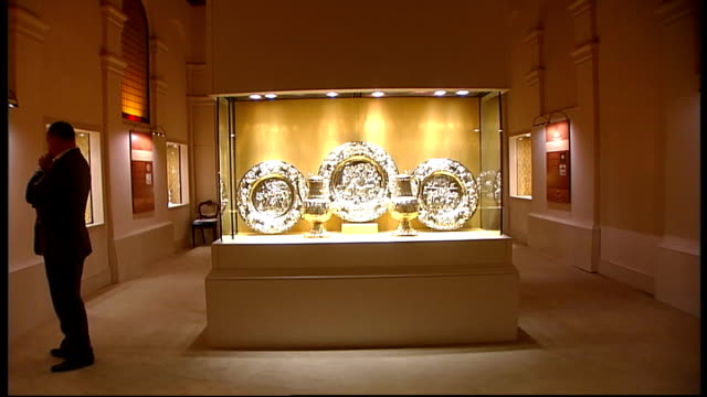 new exhibition of church artefacts in london; england: london: goldsmith's hall: int * * music heard intermittently throughout sot * * various shots... - 使徒点の映像素材/bロール