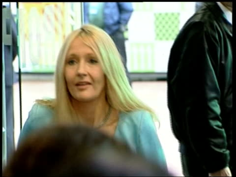 security measures england london harry potter author jk rowling arriving at film premier - j.k. rowling stock videos and b-roll footage
