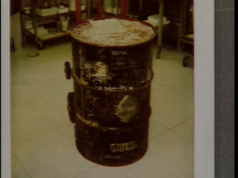A new homeowner in Jericho NY discovers a drum barrel containing human remains John Muller reports