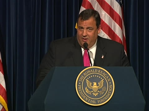 stockvideo's en b-roll-footage met ms of new jersey governor chris christie held a speech at ronald reagan library in simi valley california christie says the rule is listen there... - new jersey