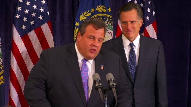 stockvideo's en b-roll-footage met ms new jersey governor chris christie speaking at podium at a press conference / endorsing mitt romney for president christie endorsing romney on... - presidentskandidaat