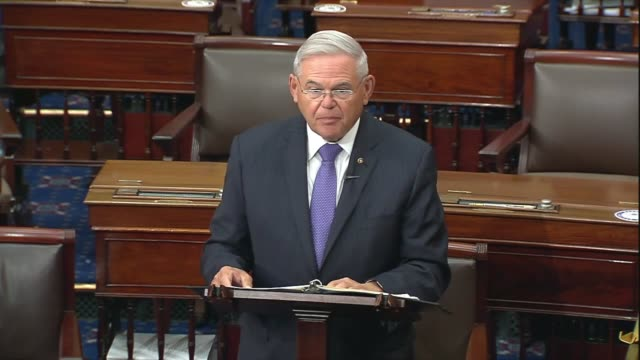 vidéos et rushes de new jersey senator bob menendez says in senate floor remarks on providing state and local government budget relief in a comprehensive coronavirus... - gulf coast states