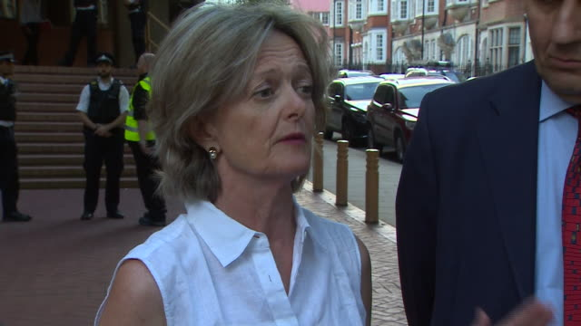 new kensington chelsea council leader elizabeth campbell apologising for the failure of the council following the grenfell tower disaster and that... - versöhnung stock-videos und b-roll-filmmaterial