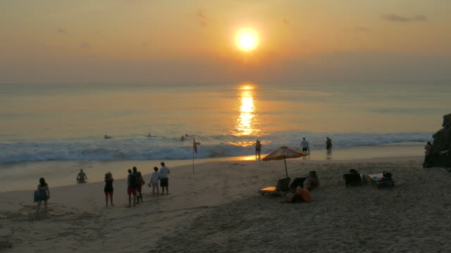 vídeos y material grabado en eventos de stock de new kuta beach,uluwatu,bali,indonesia - bali