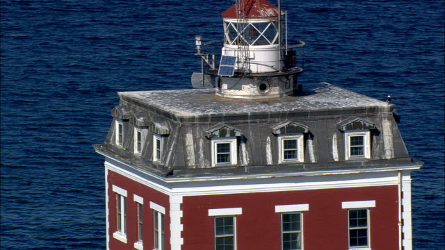 new london ledge light  - aerial view - connecticut,  new london county,  united states - new london county connecticut stock videos & royalty-free footage