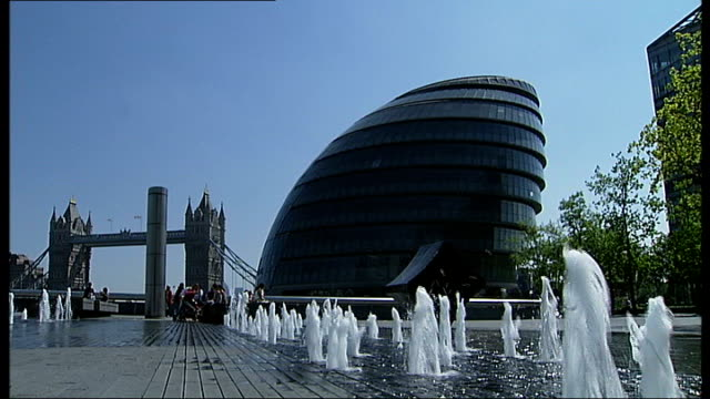 New London Mayor announces LDA audit ENGLAND London City Hall EXT Good shots of fountains starting up outside GLA building