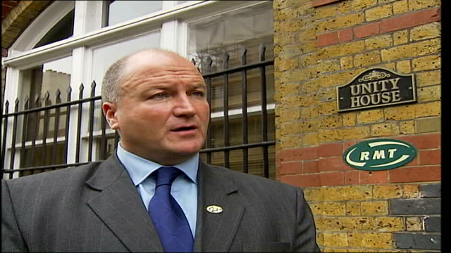 new london transport commissioner appointed unity house ext bob crow interviewed sot if members say no to the deal that's their right then we'll be... - aldwych stock videos and b-roll footage