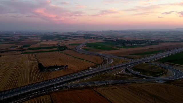 新しいマルマラ高速道路の空中写真 - 最大点の映像素材/bロール