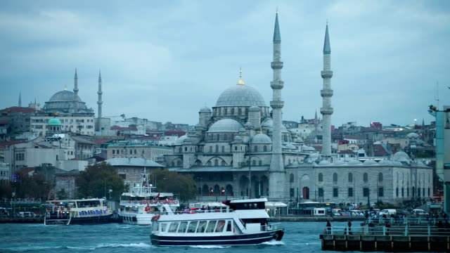 hd: new mosque, istanbul, turkey - yeni cami mosque stock videos and b-roll footage