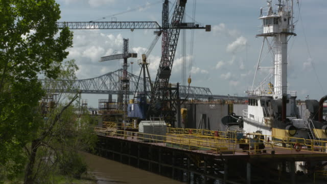 wgno new orleans algeirs point shipyard drydockon april 11 2017 - dry dock stock videos & royalty-free footage
