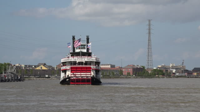 new orleans paddlewheel turns on steamboat - passenger ship stock videos & royalty-free footage