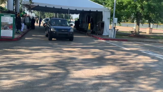 new orleans, u.s. - drive through tent during graduation on tuesday, august 4, 2020. - community college stock videos & royalty-free footage
