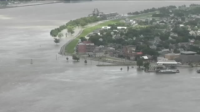 wgno new orleans la us mississippi river at algiers point almost at the top of the levee on friday july 12 2019 - river mississippi stock videos & royalty-free footage