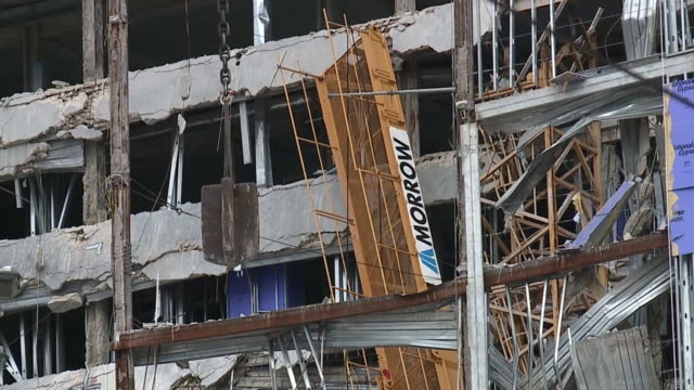 new orleans, u.s. - wrecking ball removing remnants of wall on site of collapsed hard rock hotel building, on wednesday, july 22, 2020. - new orleans stock videos & royalty-free footage