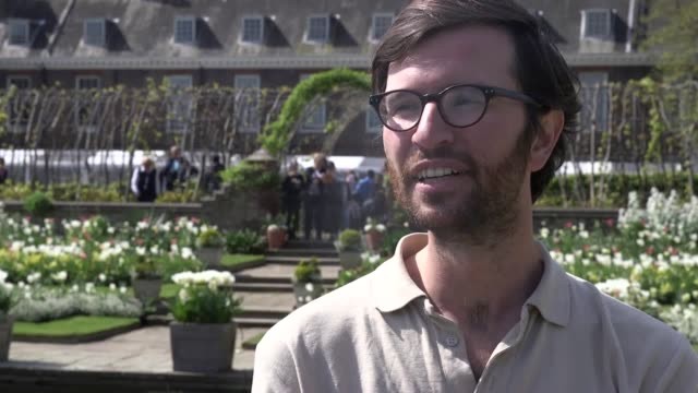 new planting in kensington palace gardens ahead of 20th anniversary of the death of princess diana interview with kensington palace gardens team... - kensington palace video stock e b–roll