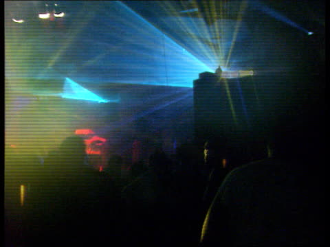 new regulations for travellers and raves; cr664 itn england birmingham seq acid house rave party taking place - 酸点の映像素材/bロール