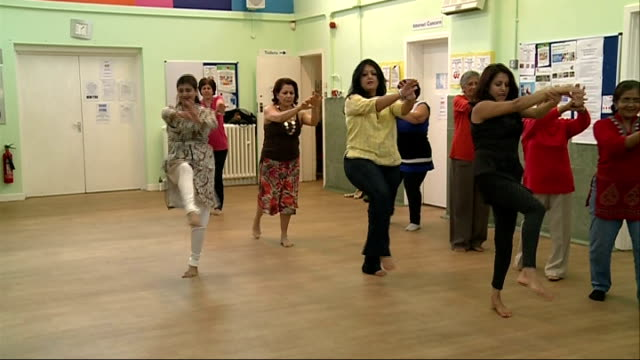 new research shows that living near airports could be bad for health england hounslow brentford int gvs women keeping fit at bollywood dance class - bollywood stock videos and b-roll footage