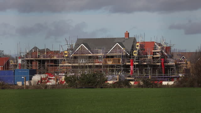 new residential buildings built by u.k. house builders in maldon and tiptree, essex, u.k., on friday, january 22, 2021. - housing development stock videos & royalty-free footage