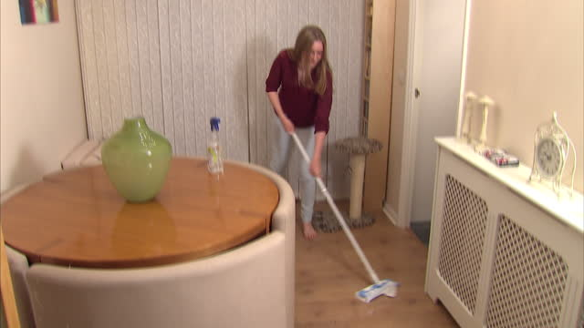 new study's revealed the gender pay gap may begin at home - with boys earning more pocket money for chores than girls. gap in pocket money between... - chores stock videos & royalty-free footage