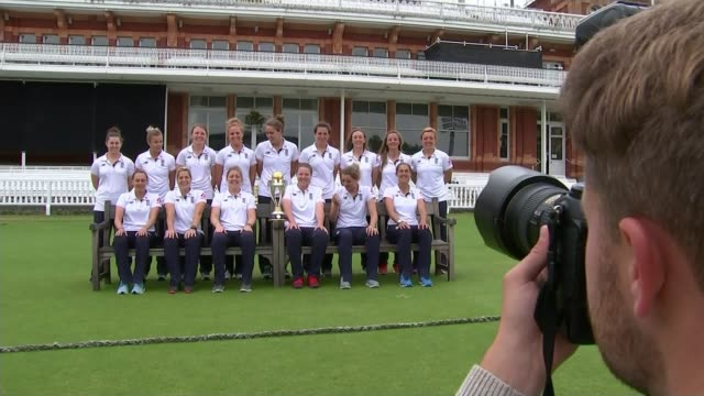 New survey shows gender stereotyping in young children T24071708 / 2472017 EXT Women's cricket team posing with World Cup trophy