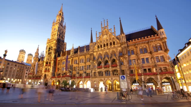 new town hall, munich - rathaus stock videos & royalty-free footage