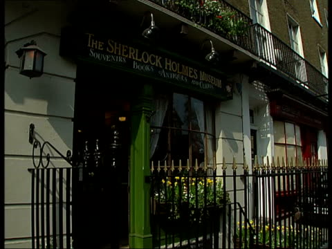 new west end production of 'the hound of the baskervilles' sherlock holmes museum england london baker street ext 221b on window the street number of... - sherlock holmes stock videos & royalty-free footage