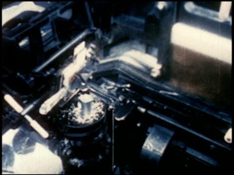 new world through chemistry - 14 of 17 - andere clips dieser aufnahmen anzeigen 2231 stock-videos und b-roll-filmmaterial