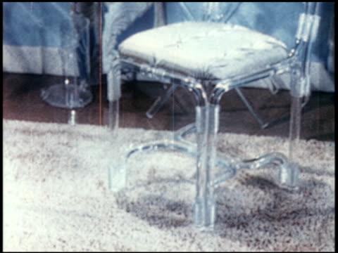 new world through chemistry - 17 of 17 - andere clips dieser aufnahmen anzeigen 2231 stock-videos und b-roll-filmmaterial