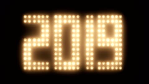 vídeos y material grabado en eventos de stock de año 2019 con efecto de película vieja - reflector luz eléctrica