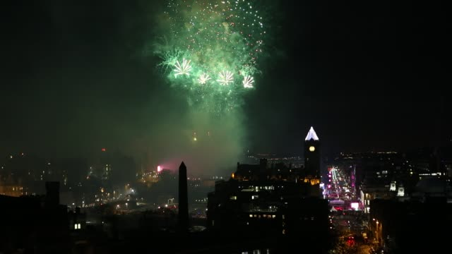 new year's eve hogmanay in edinburgh - edinburgh scotland stock videos & royalty-free footage