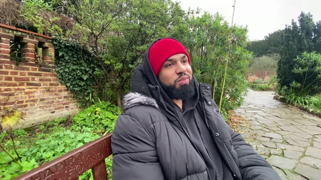 stockvideo's en b-roll-footage met grange park opera founder wasfi kani and comedian humza arshad honoured; england: london: ext wasfi kani cbe interview sot humza arshad mbe interview... - new not politics