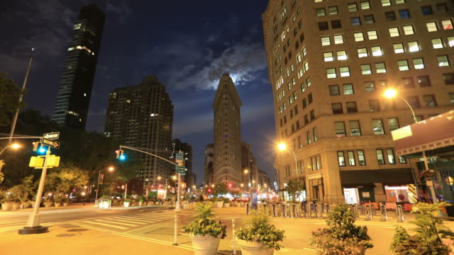 new york city: 23rd st and flariron building - flatiron building manhattan stock videos and b-roll footage