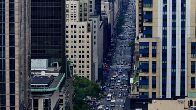 new york city: 5th ave time lapse - mass unit of measurement stock videos and b-roll footage