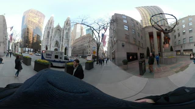 360 VR New York City 5th avenue POV walking