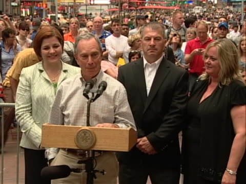 new york city mayor michael bloomberg presser in new york city times square with new york police department hero cop wayne rhatigan who was first on... - united states and (politics or government) stock videos & royalty-free footage