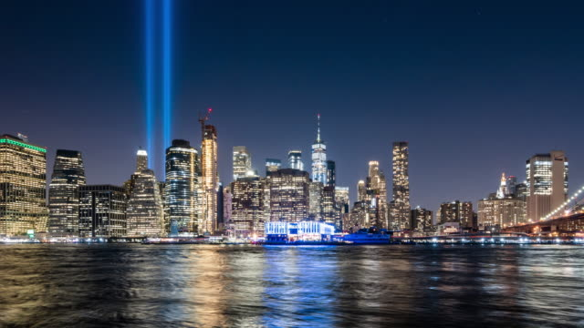 t/l ws zo new york city skyline at night / new york city, usa - waterfront stock videos & royalty-free footage