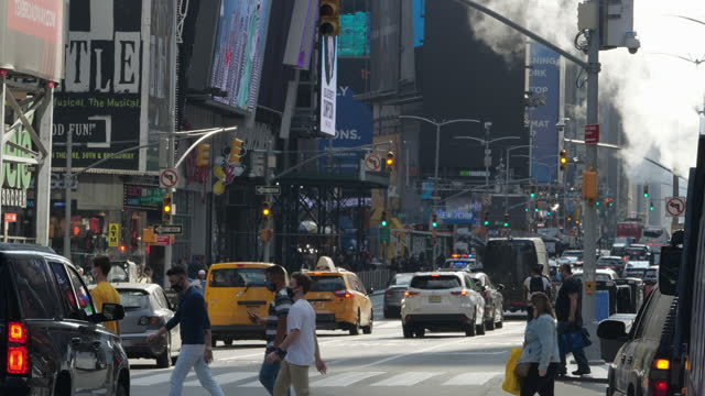 new york city slowly re-opens - chaos stock videos & royalty-free footage
