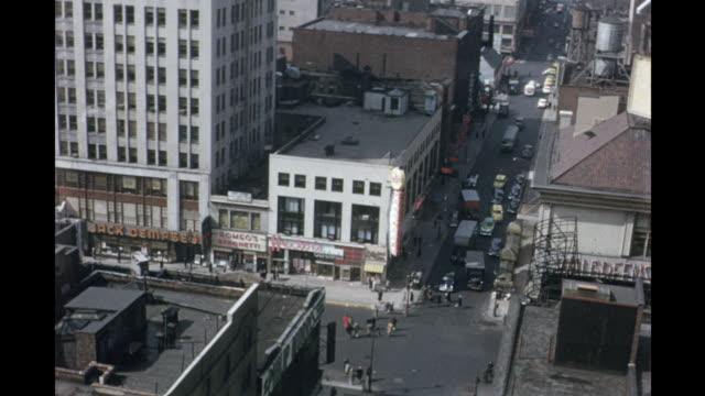 vidéos et rushes de 1954 montage ha new york city streets, new york, usa - 1954