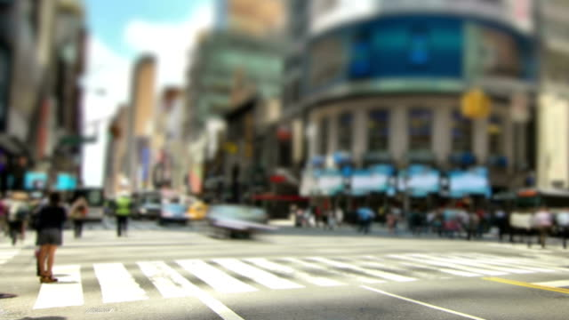 new york city streets pan - road junction stock videos & royalty-free footage