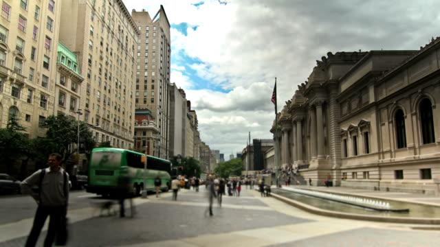 vídeos y material grabado en eventos de stock de calles de la ciudad de nueva york - met