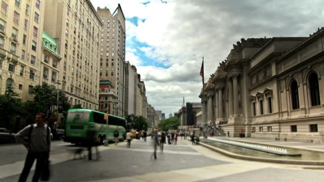 new york city streets - metropolitan museum of art new york city stock videos & royalty-free footage