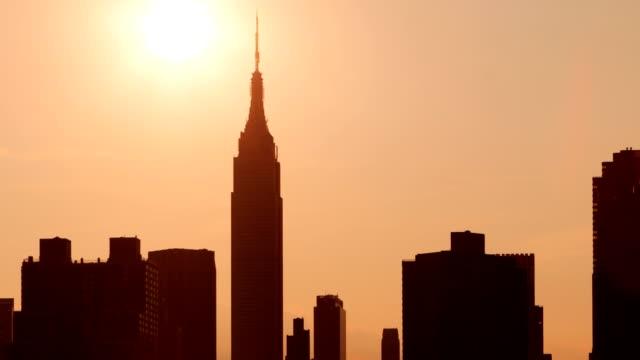 ニューヨークの日没 - エンパイアステートビル点の映像素材/bロール
