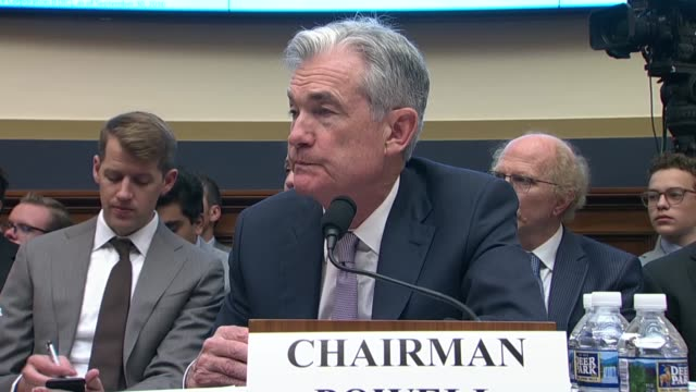 new york congresswoman alexandria ocasiocortez tells federal reserve chairman jerome powell at an oversight hearing of the house financial services... - 中央銀行点の映像素材/bロール