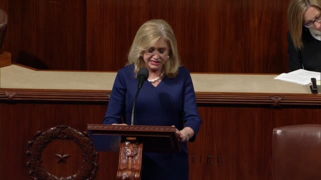 vídeos y material grabado en eventos de stock de new york congresswoman carolyn maloney says that on day one of the the virginia state legislative session a senate committee ratified his equal... - virginia estado de los eeuu