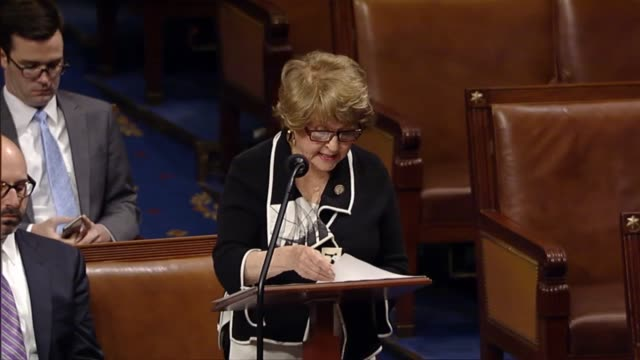 new york congresswoman louise slaughter notices the house of representatives of her intention to offer a privilege resolution to disband the benghazi... - bacheca video stock e b–roll