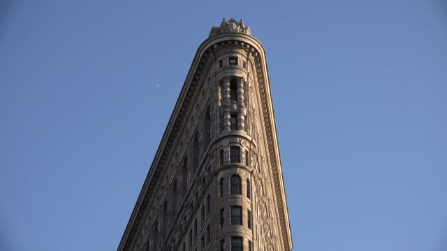 new york flatiron building - flatiron building manhattan stock videos and b-roll footage