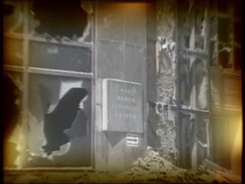 vídeos de stock e filmes b-roll de lib usa new york manhattan video wall pix of destroyed world trade centre building - world trade centre manhattan